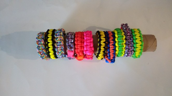 homemade paracord bracelets
